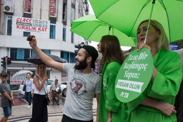 selfies in the rain--the Lettuce Ladies visit Istanbul