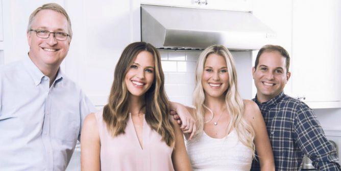Celebrity Mom Jennifer Garner's Baby Food Brand Is Basically Perfect