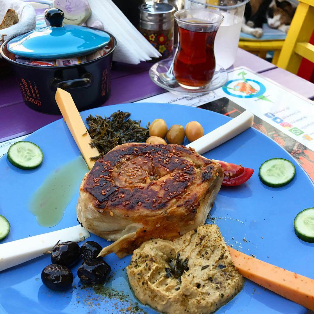 Traveling to Istanbul? We've Got Your Vegan Guide to the City