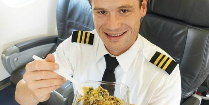 This Vegan Pilot Proves You Can Be Vegan Anywhere—Even at 35,000 Feet