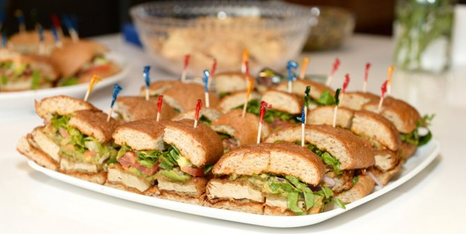 How to Get Vegan Food at Prom