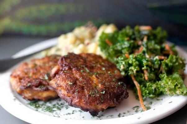 vegan 'crab' cakes from land of kush restaurant in baltimore