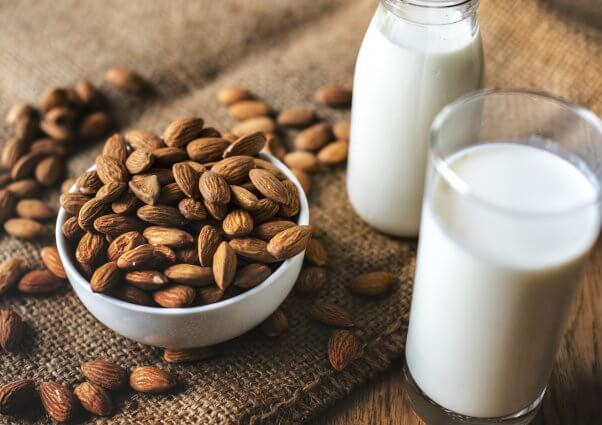 reasons why almond milk is better than cows milk