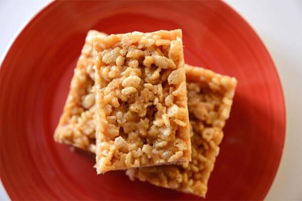 vegan rice crispy treats, vegan rice krispy treats, PETA vegan college cookbook recipes