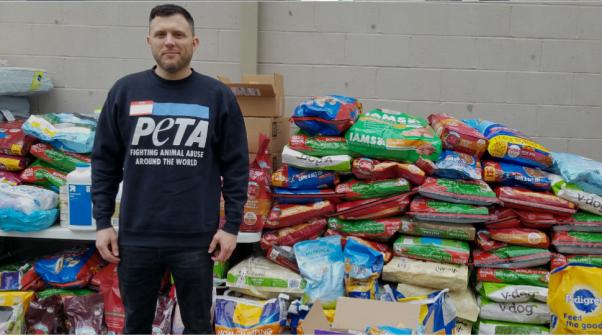 peta donates supplies during the government shutdown