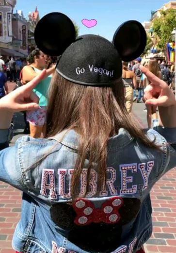 Aubrey Miller, Mickey Mouse, Hat, Go Vegan, Disneyland