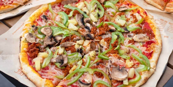 Guide to Ordering Vegan at Blaze Pizza