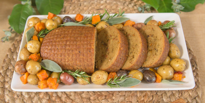 Planning a Vegan Thanksgiving? PETA's Here With Holiday Cheer