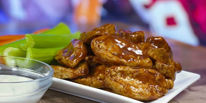 Vegan Chicken Wings Available at Ralphs, Aldi, Whole Foods, and More