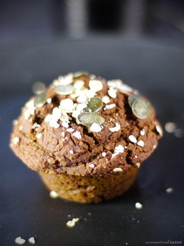vegan pumpkin molasses breakfast muffins