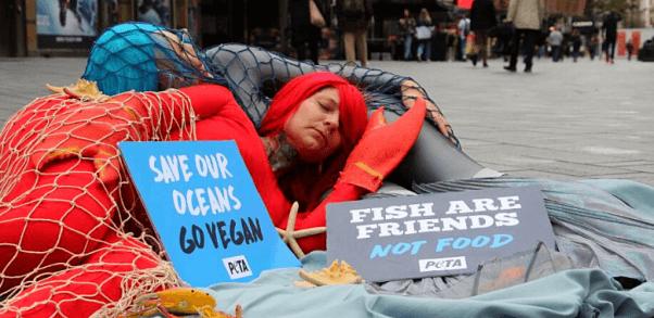 Giant PETA U.K. 'Fish' and 'Lobster' Proclaim, 'Sea Life, Not Seafood'