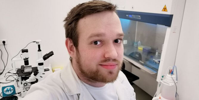 Eye on the Future: Early-Career Scientist Given Award by PETA Science Group for Cornea Work