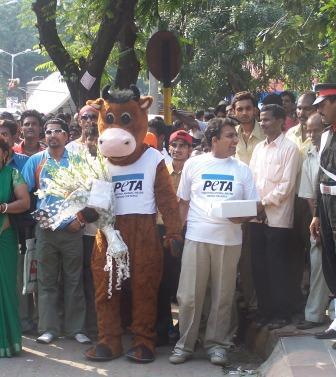 Amitabh_Bachchan_Birthday_Party.jpg