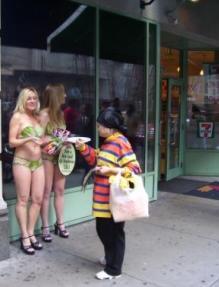 Bikini_lettuce_ladies_7-11_2.jpg