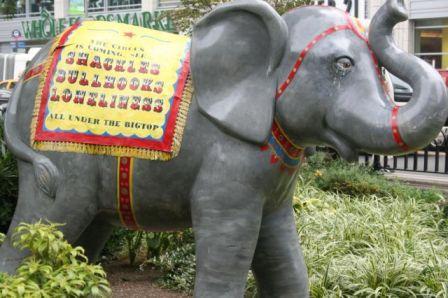Elephant_statue.jpg