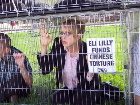 Eli_Lilly_Shareholder_protest_3.jpg