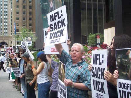 Michael_Vick_Protest_6.jpg