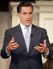 Mitt_Romney_dog.jpg
