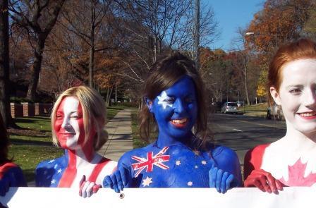 Naked_flag_bear_hat_protest_7.jpg