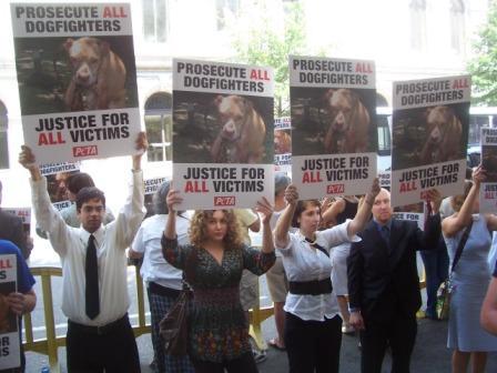 PETA_Vick_Protest_4.jpg