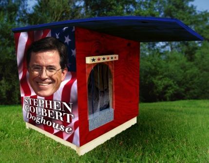 Stephen_Colbert_doghouse.jpg