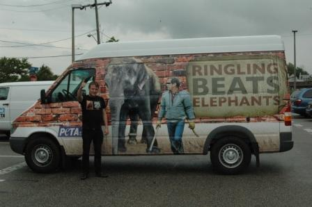 Ringling Beats Animals Circus van